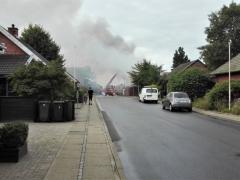 Den Gl. Smedie på Stadionvej nedbrænder onsdag formiddag den 15. august. 2018 (1)